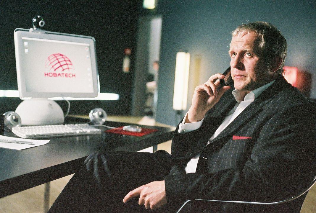 Da Konzernchef Holzbauer (Harald Krassnitzer) kurz vor der Pleite steht, muss er seinen Aufsichtsrat von einer Kapitalaufstockung überzeugen. Da ko... - Bildquelle: Prosieben