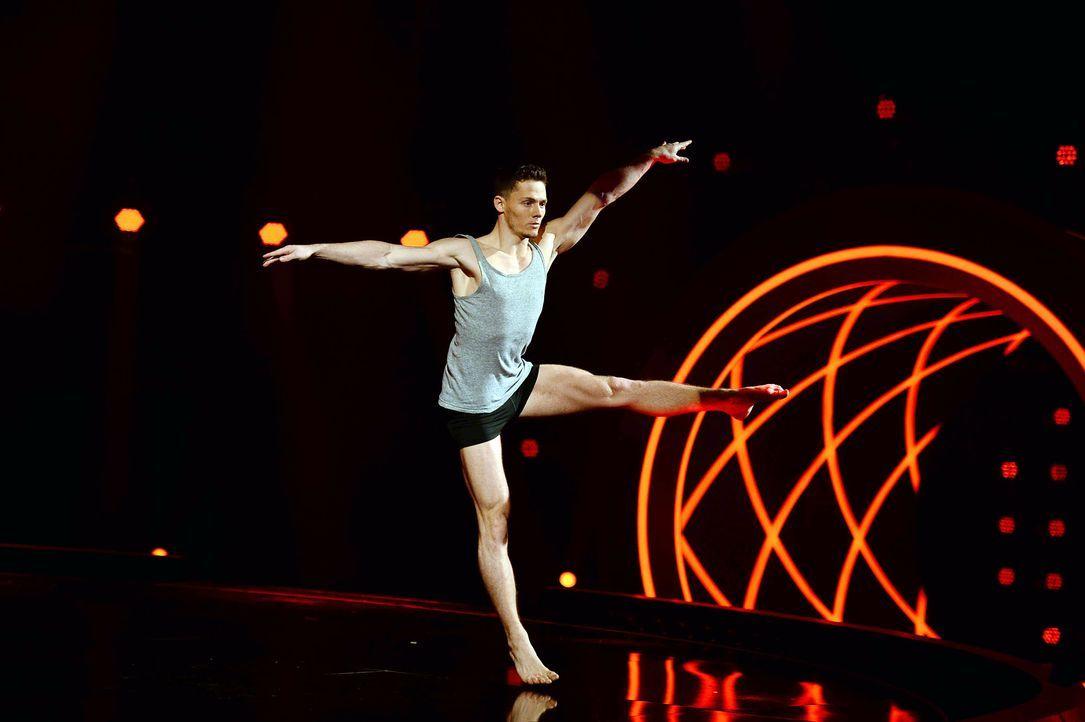 Got-To-Dance-Sergey-04-SAT1-ProSieben-Willi-Weber-TEASER - Bildquelle: SAT.1/ProSieben/Willi Weber