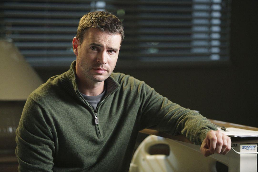 Teddy versucht, all ihre Kraft für einen sterbenden Patienten (Scott Foley) aufzubringen, der keine ausreichende Versicherung vorweisen kann, um si... - Bildquelle: ABC Studios
