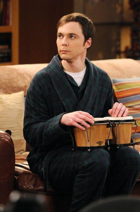 Während Sheldons (Jim Parsons) Leben Kopf steht, als sein Friseur krank wird, bringt das Astronautentraining Howard dazu, seine Entscheidung, in den... - Bildquelle: Warner Bros. Television