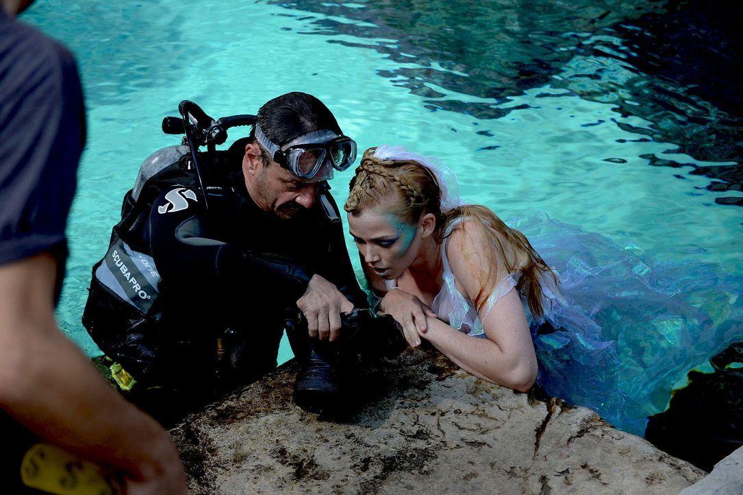 gntm-stf08-epi02-unterwasser-shooting-28-oliver-s-prosiebenjpg 2000 x 1331 - Bildquelle: Oliver S. - ProSieben