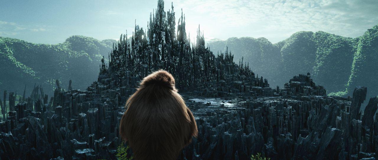 Affenmama Kala schaut auf den mächtigen Dschungel ... - Bildquelle: Constantin Film