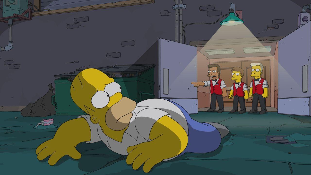 Homer wird aus dem Multiplex-Kino von Springfield geworfen, weil er sich über die Qualität beschwert. Eine Idee reift daraufhin in ihm heran ... - Bildquelle: 2013 Twentieth Century Fox Film Corporation. All rights reserved.