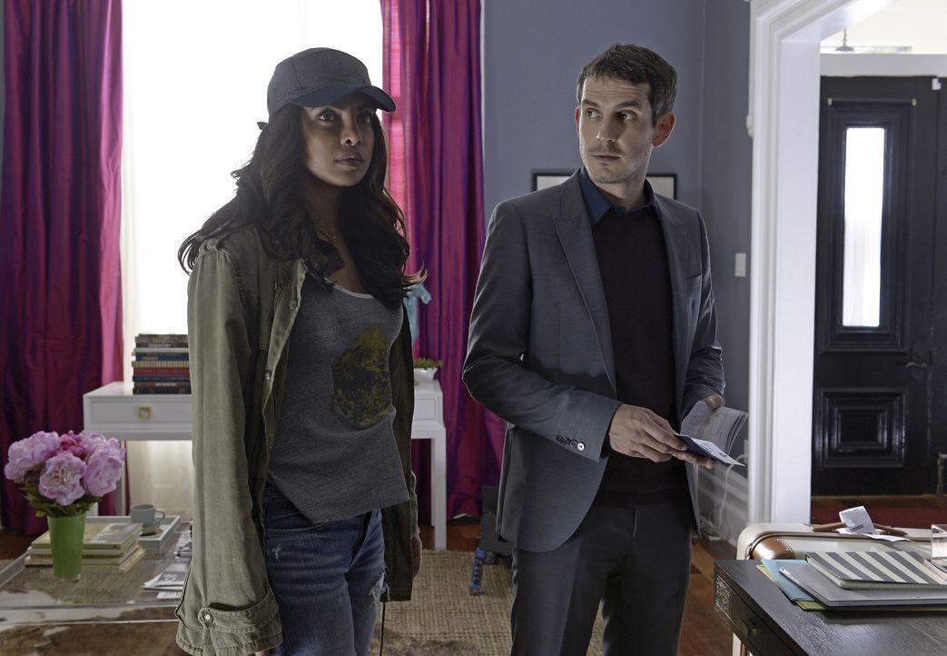 Kann Alex (Priyanka Chopra, l.) Simon (Tate Ellington, r.) wirklich trauen? - Bildquelle: 2015 ABC Studios