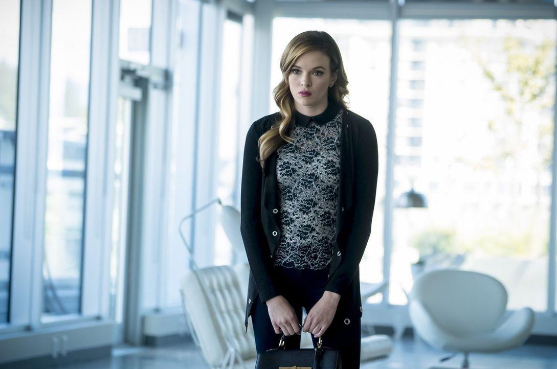 Während Caitlin (Danielle Panabaker) mit ihren genetischen Veränderungen zu kämpfen hat, fällt es dem restlichen Team nicht ganz leicht, mit dem neu... - Bildquelle: 2016 Warner Bros.