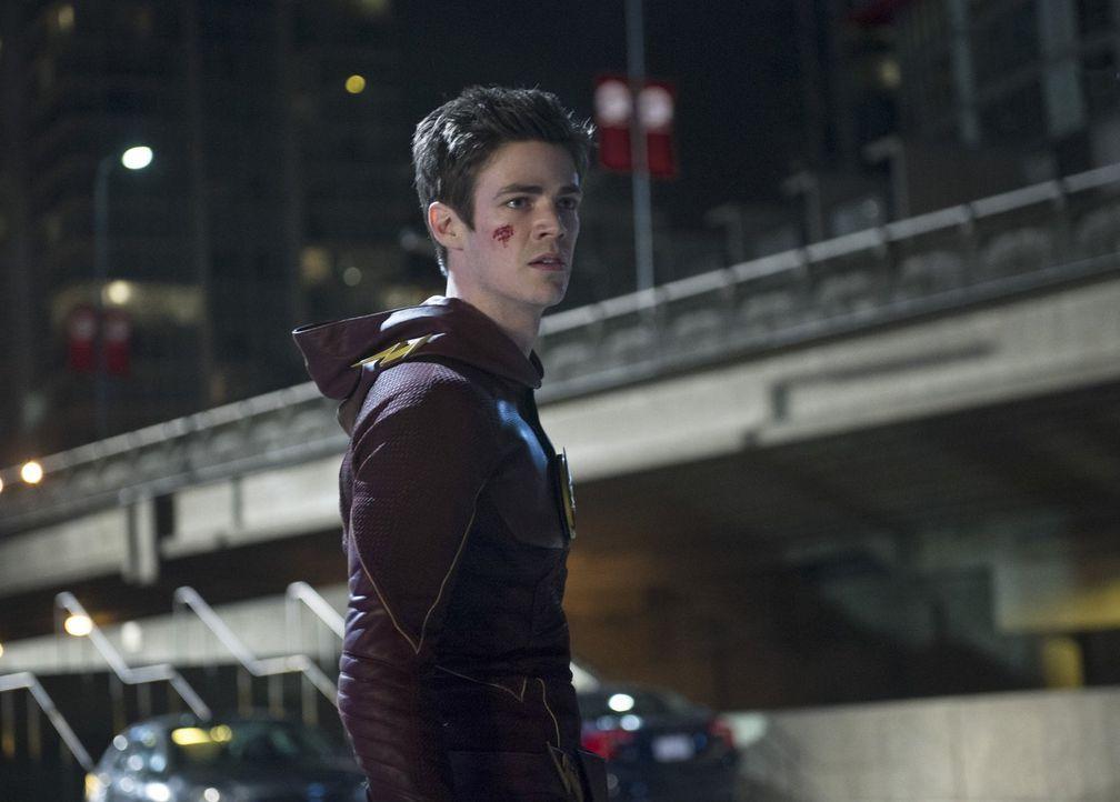Ein Unbekannter in einem gelben Anzug bedroht die Stadt. Es stellt sich heraus, dass er über die gleichen Fähigkeiten wie Barry (Grant Gustin) verfü... - Bildquelle: Warner Brothers.