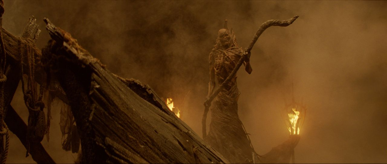 Der Weg zu Hades führt über den Fährmann und keiner konnte jemals eine Fähre zurück nehmen ... - Bildquelle: 2010 Warner Bros.