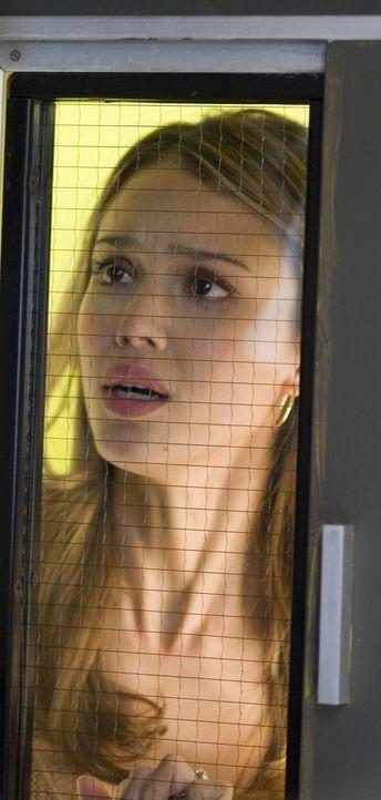 Noch in der Hochzeitsnacht erwartet ihren frischgebackenen Ehemann eine schwere Operation. Für Sam (Jessica Alba) beginnt eine lange Zeit des Bange... - Bildquelle: The Weinstein Company