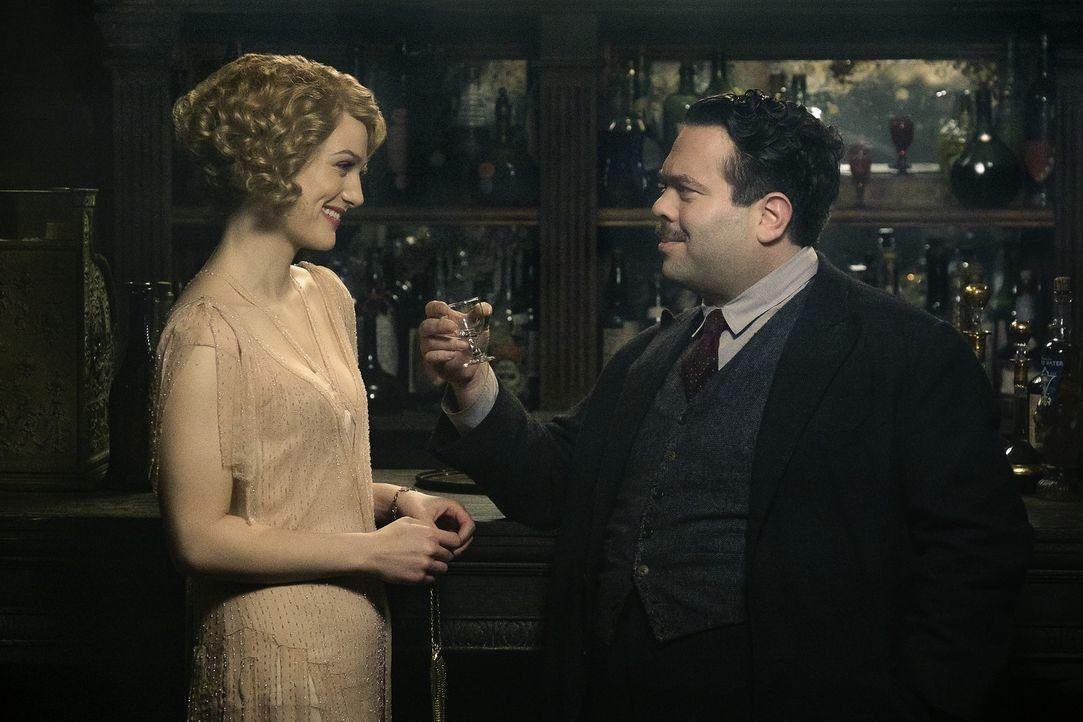 Queenie Goldstein (Alison Sudol, l.); Jacob Kowalski (Dan Fogler, r.) - Bildquelle: Warner Bros.