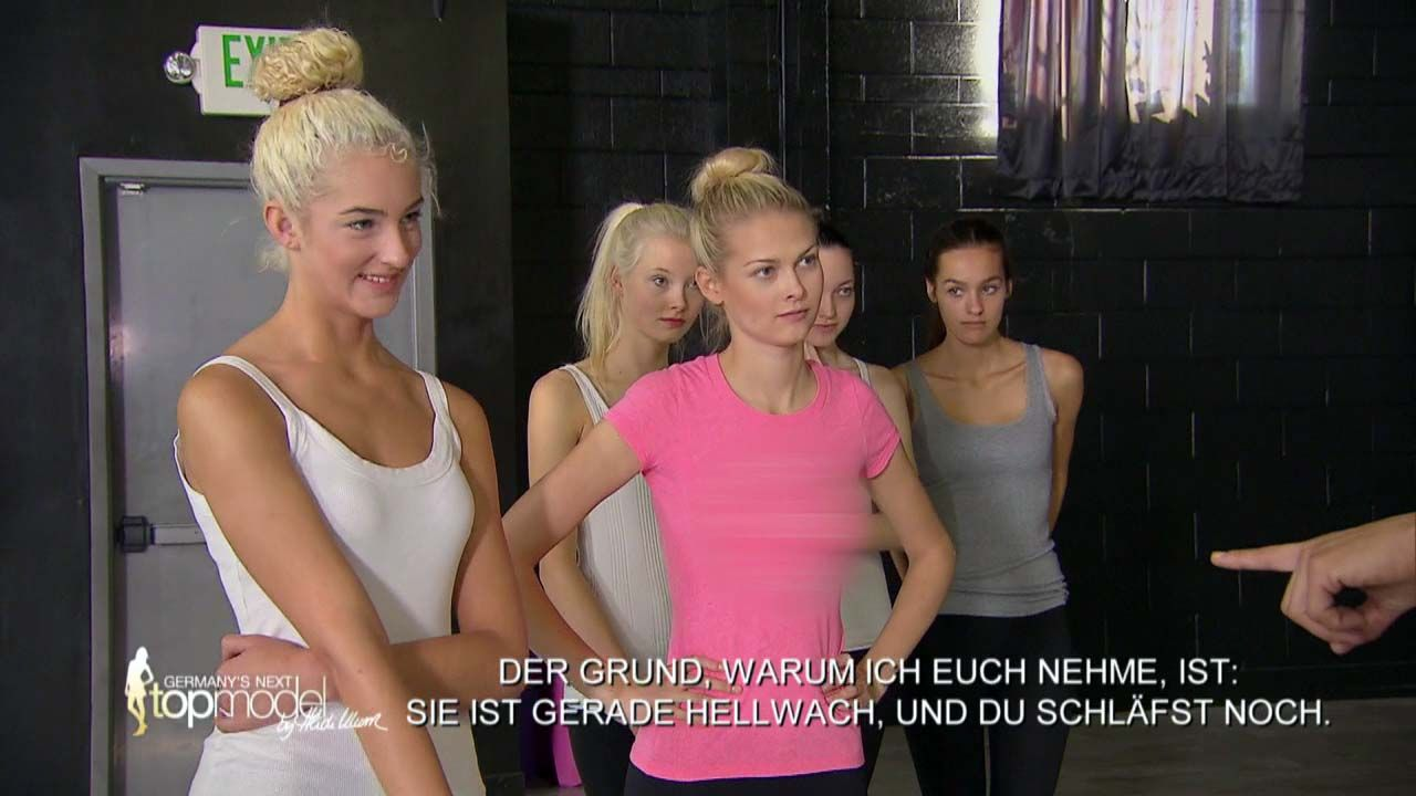GNTM-10-Sendung12_027