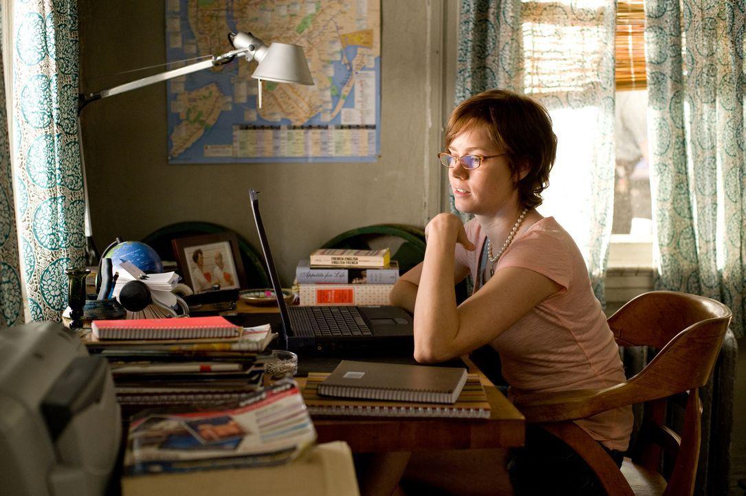 Kurz vor ihrem 30. Geburtstag fühlt sich Julie Powell (Amy Adams) ziemlich niedergeschlagen. Auf der Suche nach einer anderen Richtung, die sie ihre... - Bildquelle: 2009 Columbia Pictures Industries, Inc. All Rights Reserved.