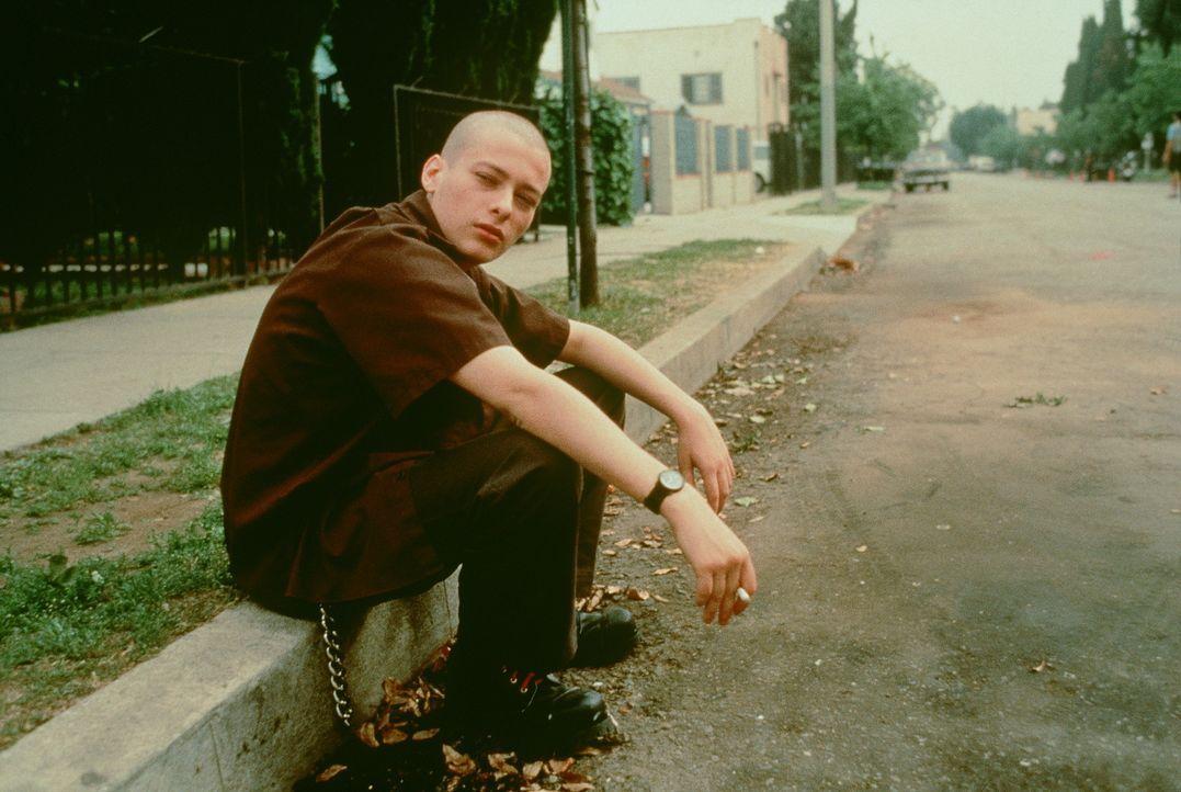 Bisher war sein Bruder Dannys (Edward Furlong) größtes Vorbild. Doch dieser hat sich im Gefängnis ziemlich verändert ... - Bildquelle: Kinowelt Filmverleih