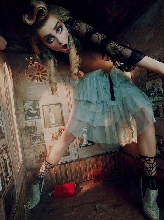 AliceWonderland-Maja_TEASER_ - Bildquelle: ProSieben/Kimberley Gordon