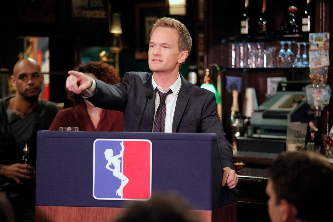 Hat einen ganz besonderen Plan: Barney (Neil Patrick Harris) ... - Bildquelle: 2012 Twentieth Century Fox Film Corporation. All rights reserved.