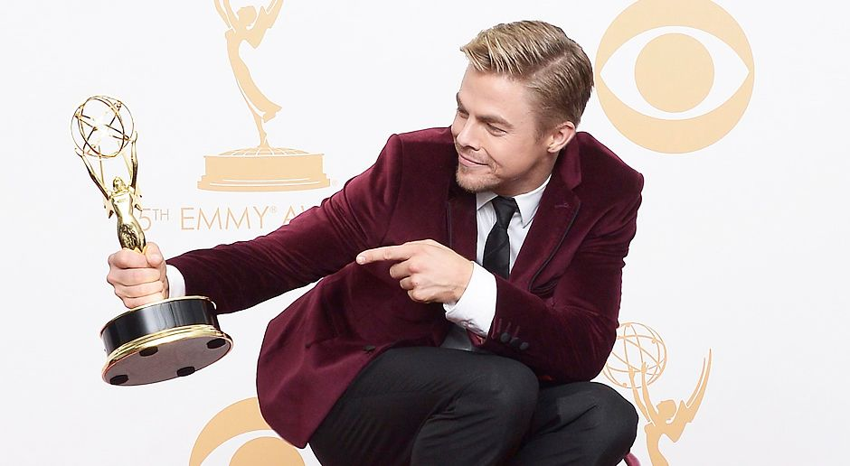 Emmy-Awards-Derek-Hough-13-09-22-dpa - Bildquelle: dpa