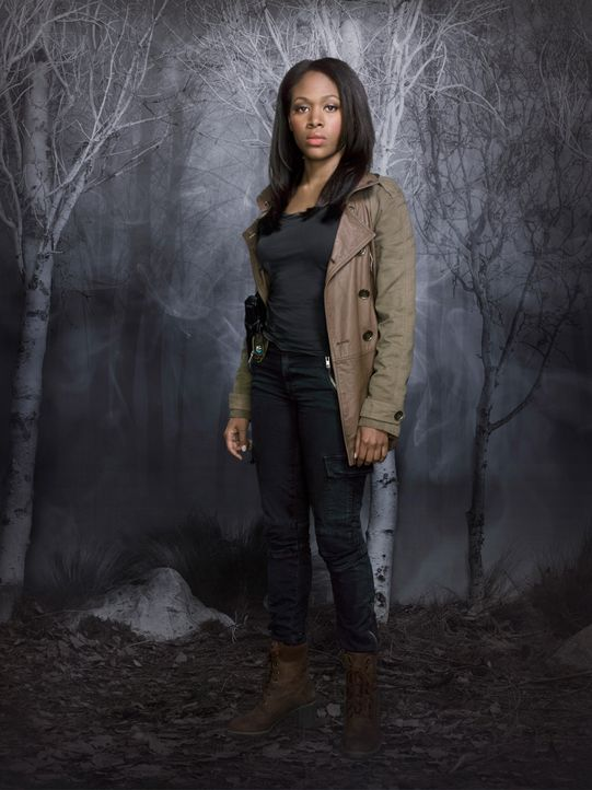 Sleepy-Hollow-Abbie-Mills-Nicole-Beharie-(2)