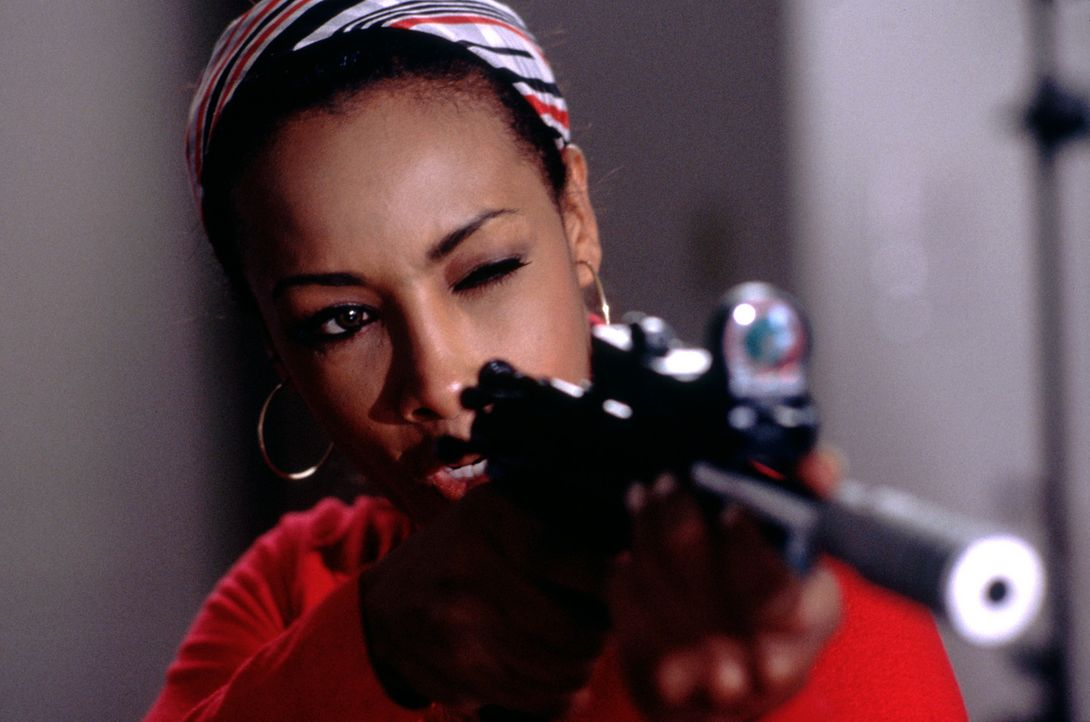 Im Visier unmusikalischer Gangster: Lisa (Vivica A. Fox) ... - Bildquelle: Strange Fruit Films