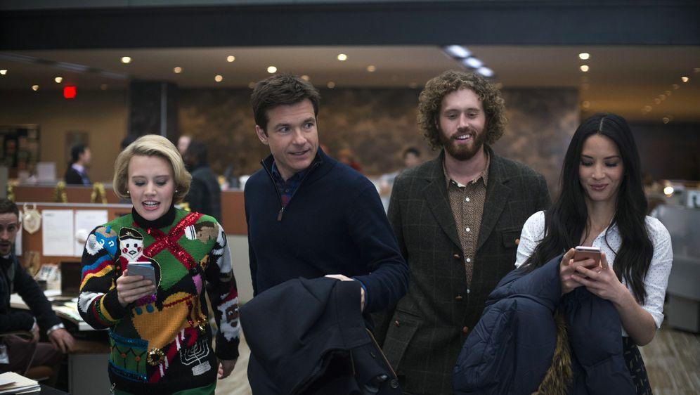 Office Christmas Party - Bildquelle: 2016 Constantin Film Verleih GmbH