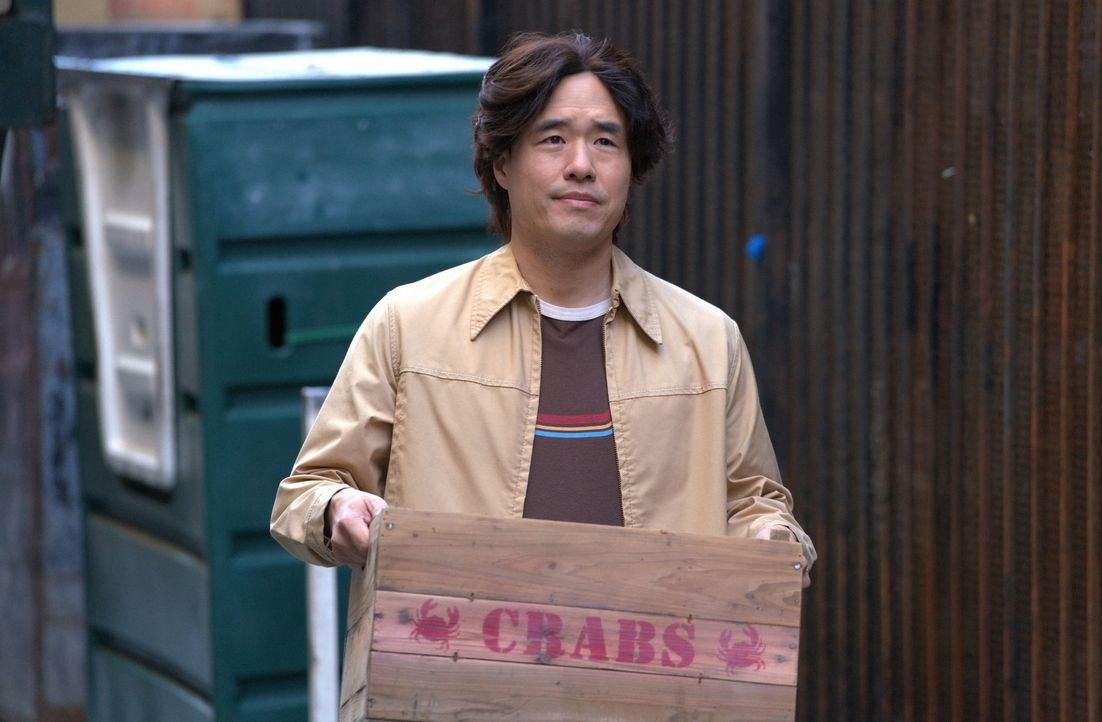 Louis Huang (Randall Park) - Bildquelle: 2018-2019 American Broadcasting Companies.  All rights reserved.
