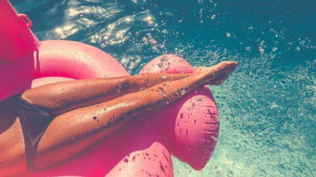 Sonnenbaden und Barfuß am Strand gehen – ja, das haben wir alle gern! Doch wi...
