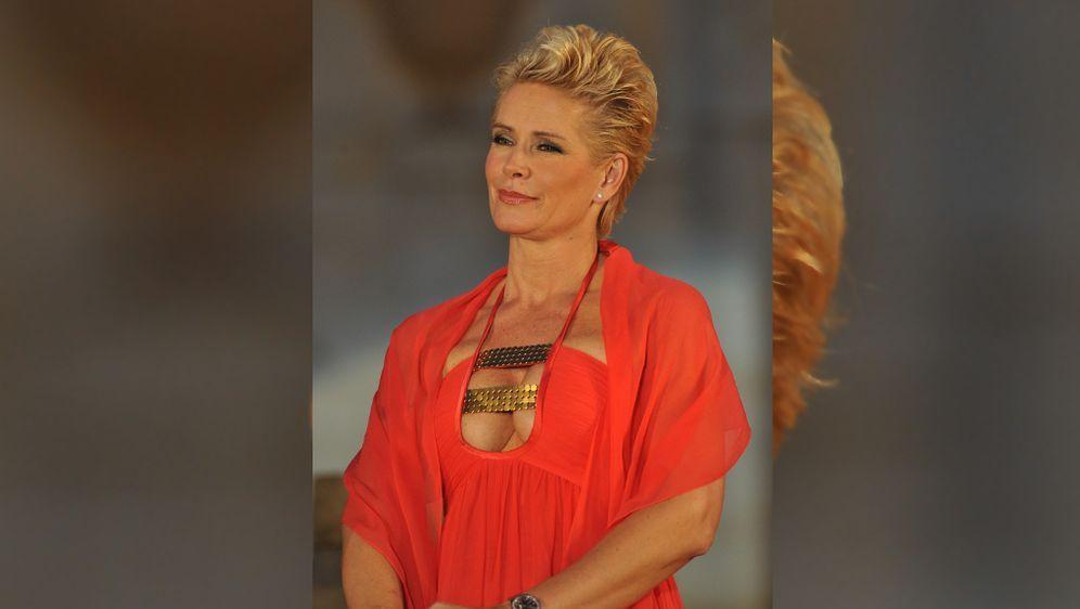 Promi Big Brother 2014 Star Claudia Effenberg Motzerei Wird Mit