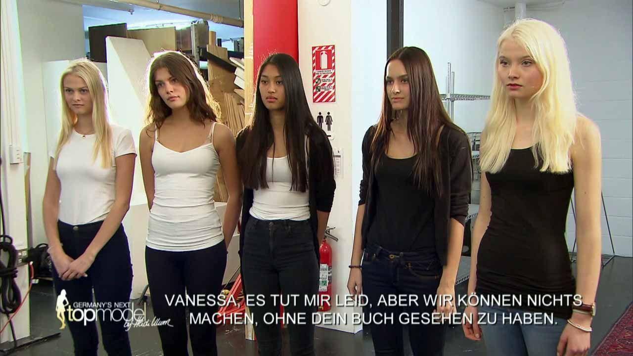 GNTM-10-Sendung09_057