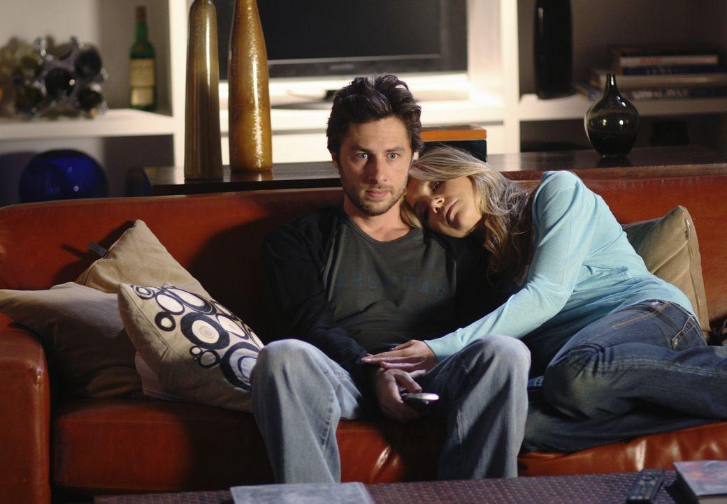 Der Umzug ist geschafft: Elliot (Sarah Chalke, r.) und J.D. (Zach Braff, l.) ... - Bildquelle: Touchstone Television