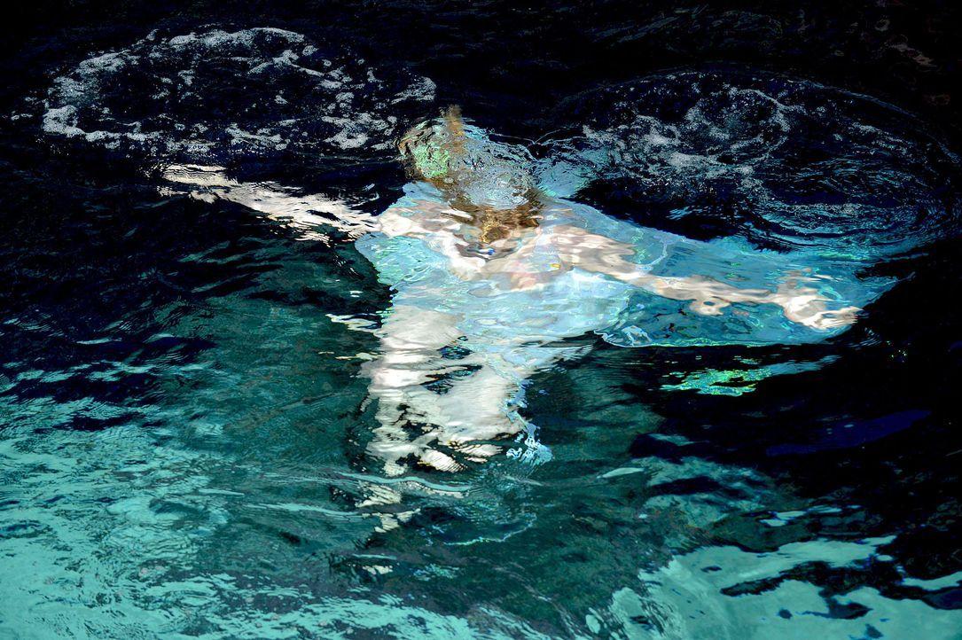 gntm-stf08-epi02-unterwasser-shooting-27-oliver-s-prosiebenjpg 2000 x 1331 - Bildquelle: Oliver S. - ProSieben