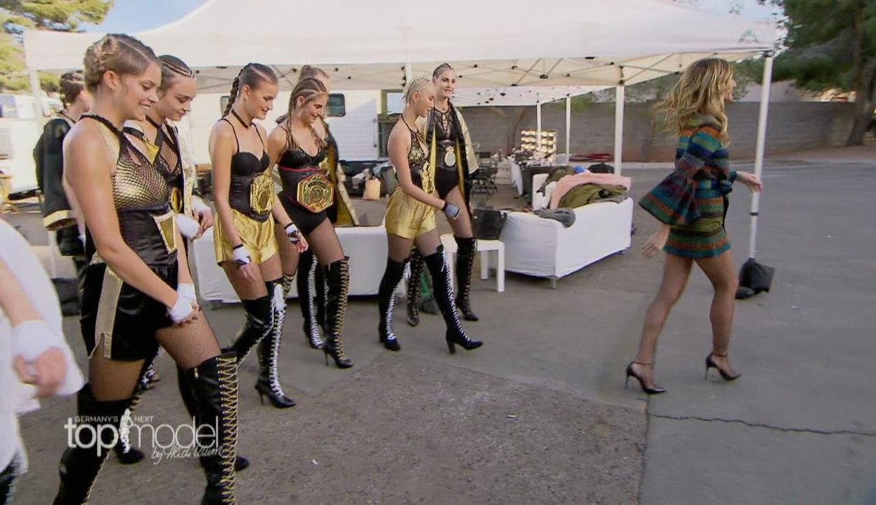 gntm-staffel12-episode4-2017-03-14-12h02m03s833