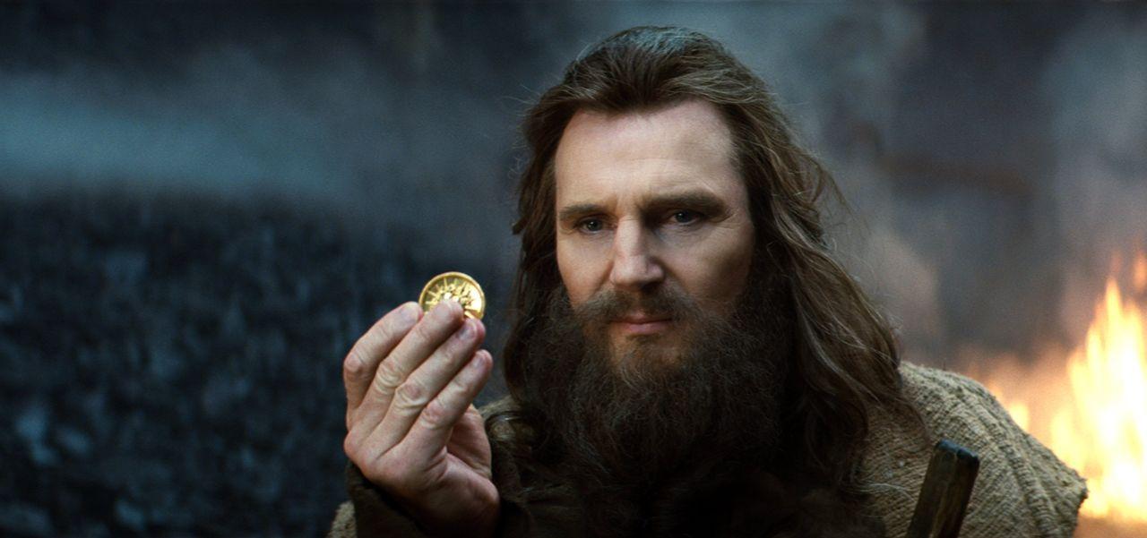 Als sich die Menschheit gegen Zeus (Liam Neeson) und dessen Brüder auflehnt, wittert Hades seine Chance, endlich an mehr Macht  zu gelangen ... - Bildquelle: 2010 Warner Bros.