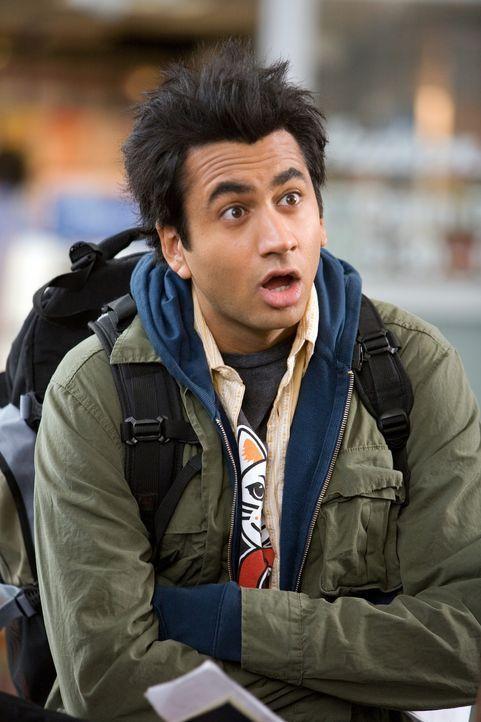 Ahnt nicht, dass seine selbstentwickelte rauchfreie Bong ihn nach Guantanamo Bay verfrachtet: Kumar (Kal Penn) ... - Bildquelle: Warner Brothers
