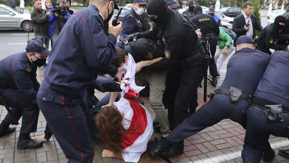 - Bildquelle: Uncredited/AP/dpa