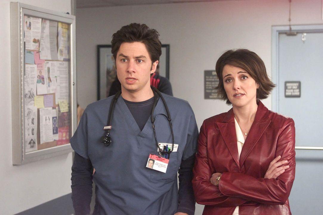 Jordan Sullivan (Christa Miller Lawrence, r.) und J.D. (Zach Braff, l.) warten auf das Ergebnis von Bens Untersuchung ... - Bildquelle: Touchstone Television