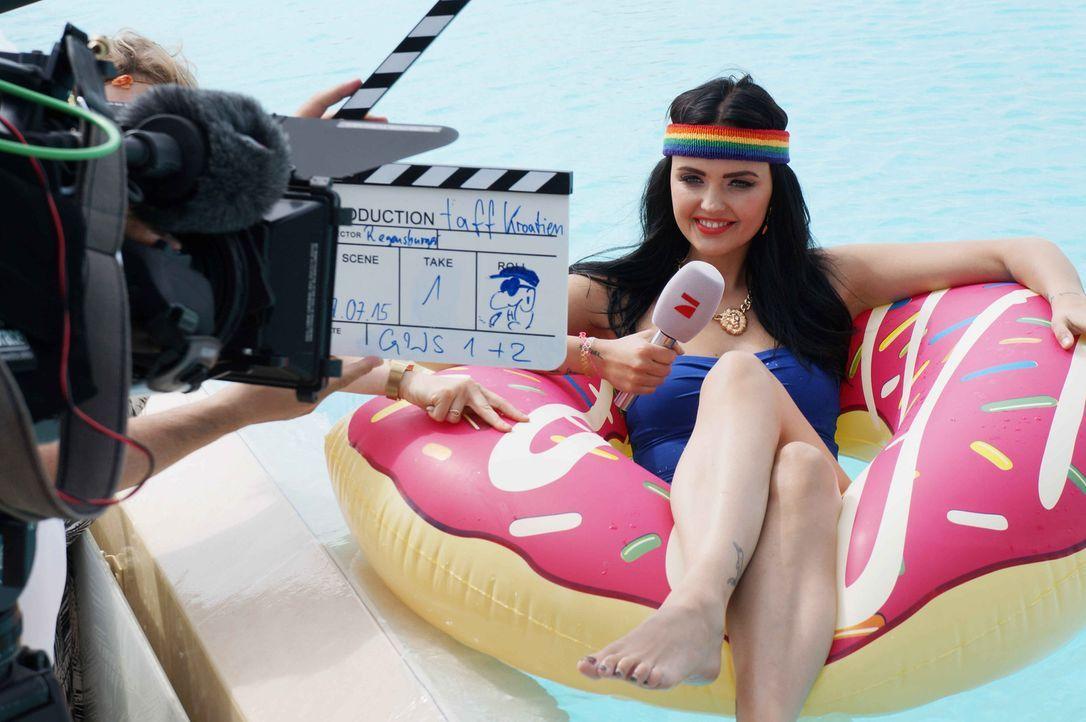 """Bonnie Strange Magazin testet in den Kategorien Strand, Party, Style und Food. In Zrce Beach, dem """"kroatischen Ibiza"""", gibt's Party all night long -... - Bildquelle: ProSieben"""