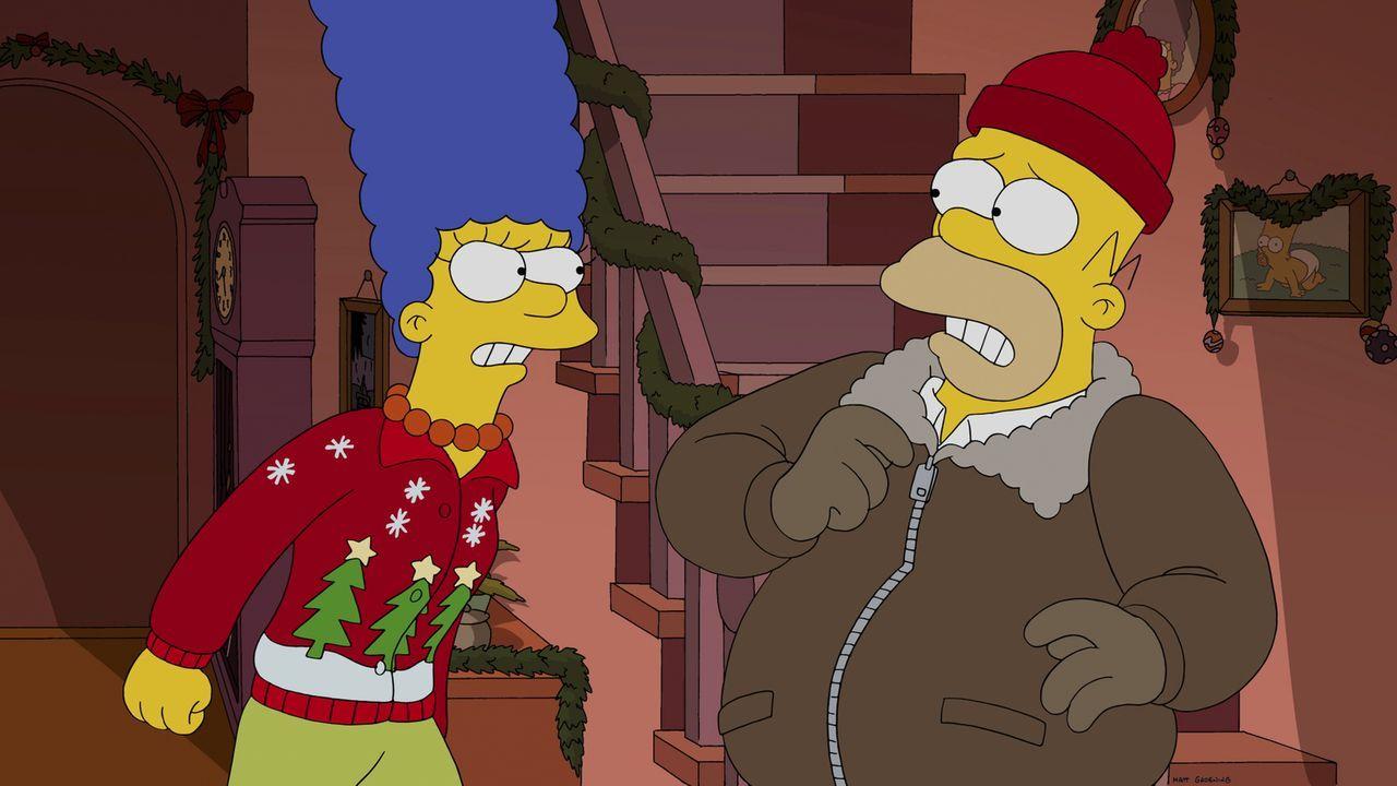 Da er Stunden in der Bar verbracht hatte, bestraft Marge (l.) ihren Mann Homer (r.) besonders rigoros ... - Bildquelle: 2014 Twentieth Century Fox Film Corporation. All rights reserved.