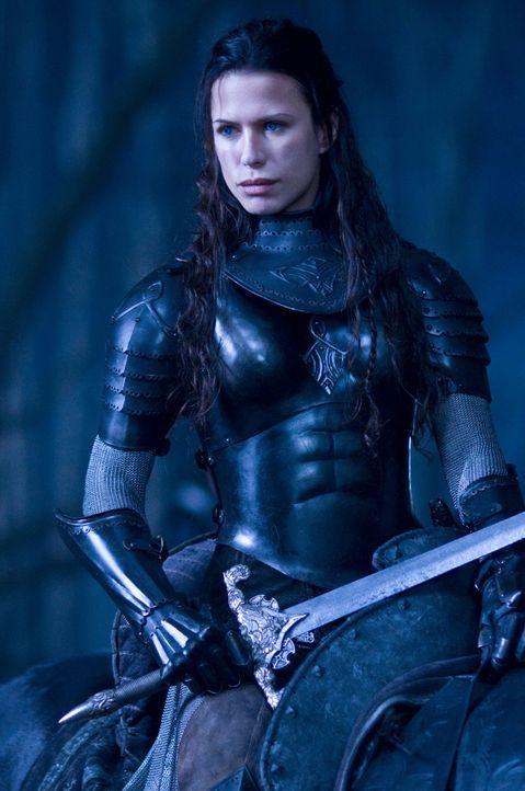 Zwischen allen Stühlen: Vampirin Sonja (Rhona Mitra) liebt einen Lycaner, der Krieg gegen ihren Vater und die gesamte Sippschaft führt ... - Bildquelle: 2009 Lakeshore Entertainment Group LLC. All Rights Reserved.