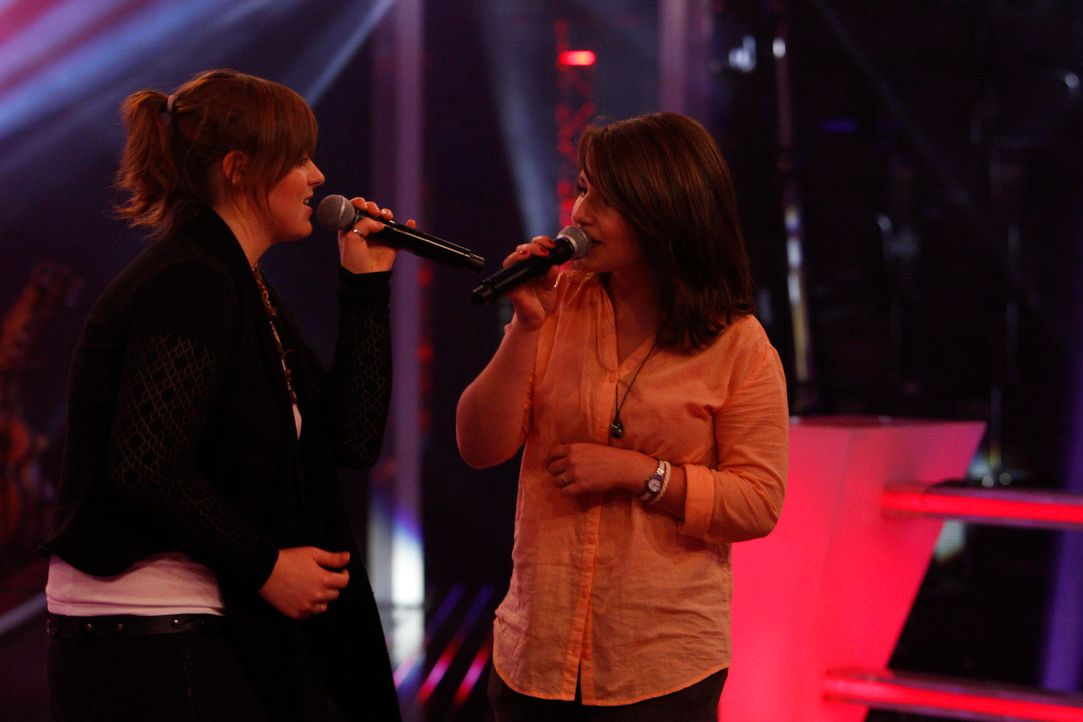 battle-evi-vs-kristin-01-the-voice-of-germany-huebnerjpg 2160 x 1440 - Bildquelle: SAT.1/ProSieben/Richard Hübner