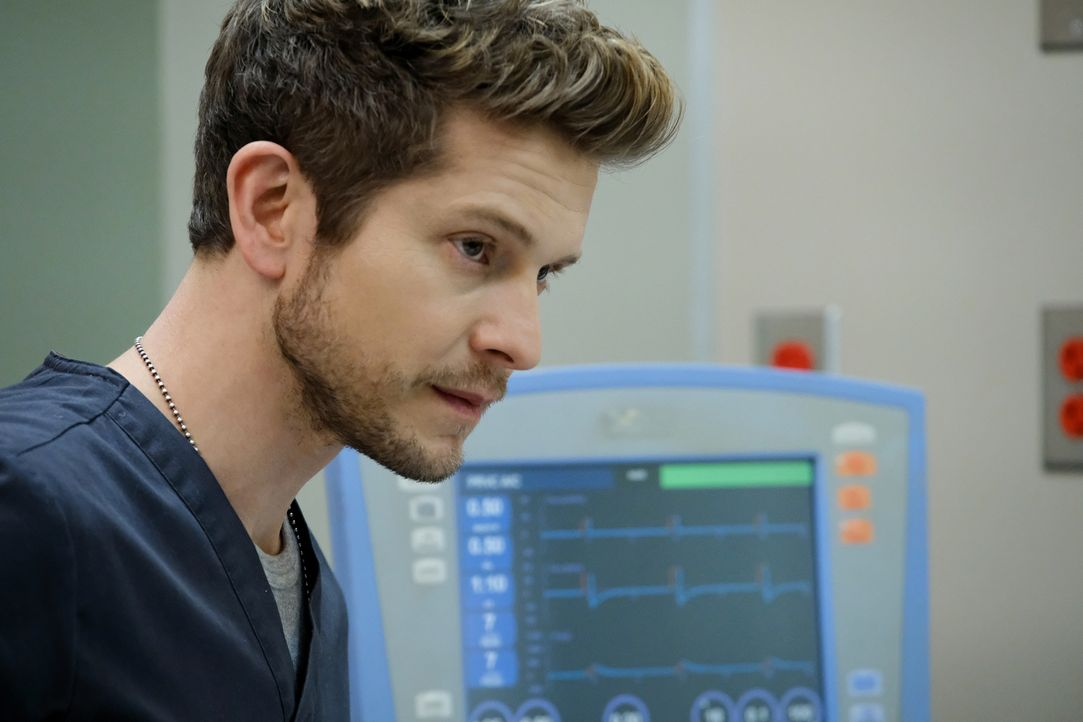 Kann Conrad (Matt Czuchry) seiner Patientin das Leben retten? - Bildquelle: Guy D'Alema 2018 Fox and its related entities.  All rights reserved./ Guy D'Alema