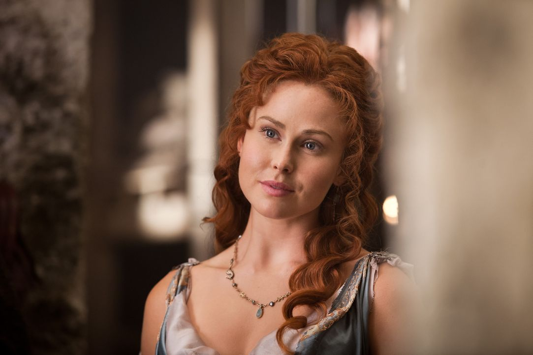 Muss erleben, wie Spartacus und seine Truppen ihren Mann und die Bewohner des kleinen Städtchens ermorden: Laeta (Anna Hutchinson) ... - Bildquelle: 2012 Starz Entertainment, LLC.  All Rights Reserved