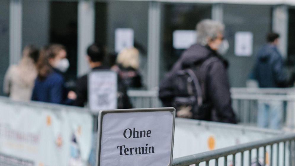 - Bildquelle: (c) Copyright 2021, dpa (www.dpa.de). Alle Rechte vorbehalten