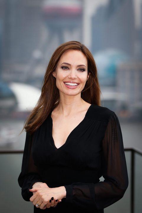 Angelina-Jolie-14-06-03-dpa - Bildquelle: dpa