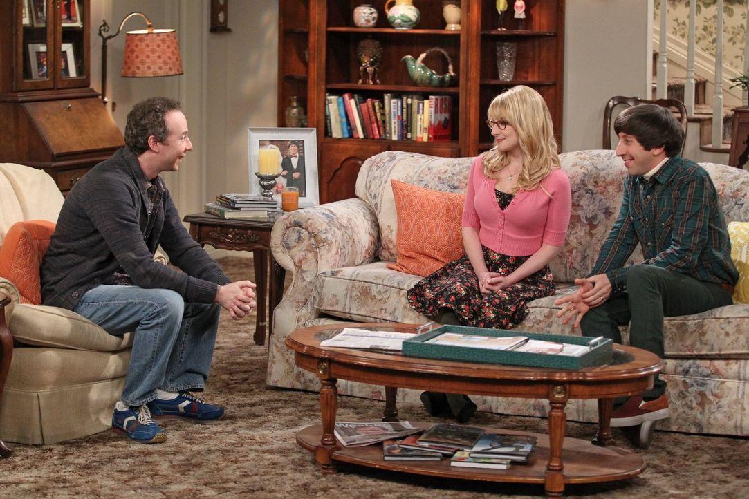 Schaffen es Howard (Simon Helberg, r.) und Bernadette (Melissa Rauch, M.) endlich, sich aufzuraffen und Stuart (Kevin Sussman, l.) aus ihrer Wohnung... - Bildquelle: Warner Bros. Television