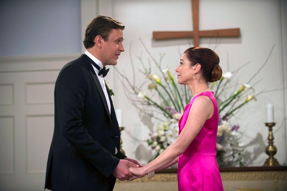 Marshall (Jason Segel, l.) und seine Frau Lily (Alyson Hannigan, r.) müssen sich eingestehen, dass sie keines ihrer Hochzeitsgelübde eingehalten hab... - Bildquelle: 2014 Twentieth Century Fox Film Corporation. All rights reserved.