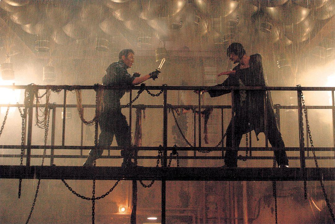 Trotz großer Bewunderung füreinander, entbrennt zwischen Sin (Dong-Kung Jang, r.) und Gang (Jung-Jae Lee, l.) ein Kampf auf Leben und Tod ...