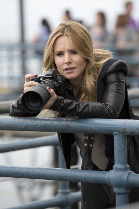Nach neun Jahren der totalen Abstinenz vom Detektiv-Business, kehrt Veronica (Kirsten Bell) in ihre alte Heimatstadt zurück, um einem Mordfall auf d... - Bildquelle: 2014 Warner Bros. Entertainment, Inc.