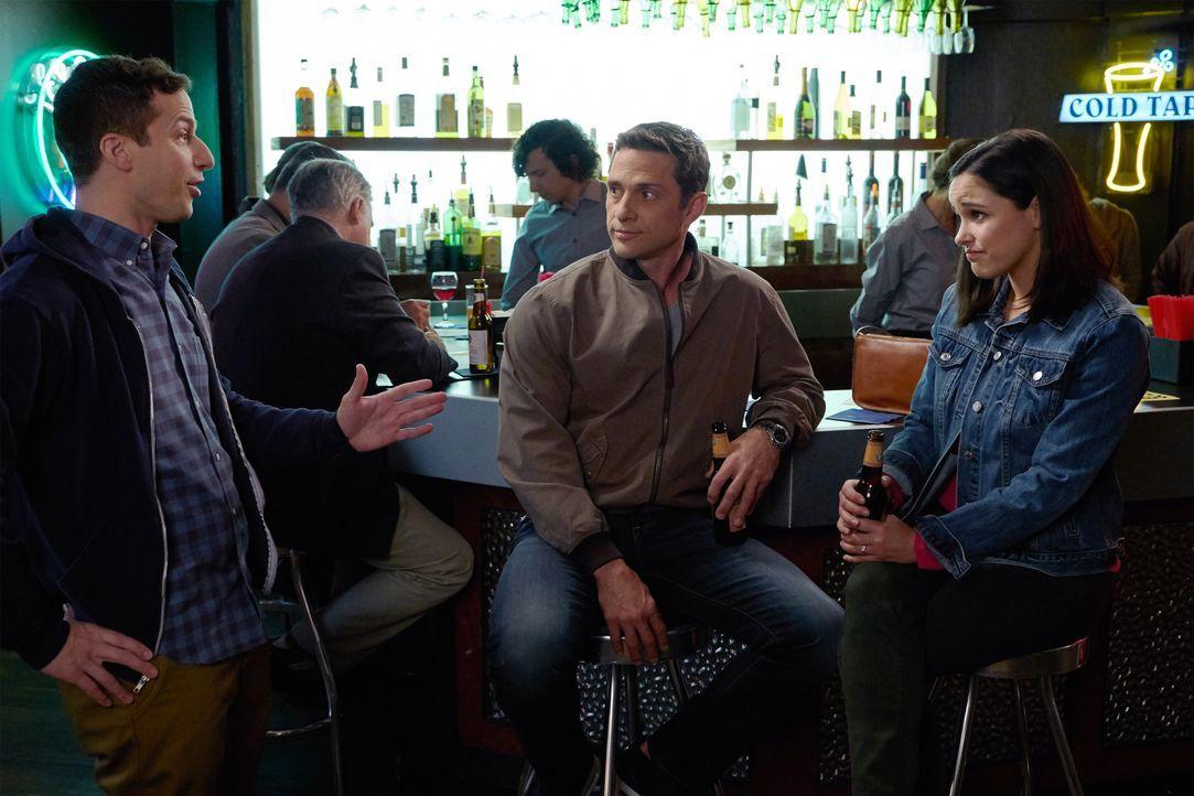 (v.l.n.r.) Jake Peralta (Andy Samberg); Melvin Stermley (David Fumero); Amy Santiago (Melissa Fumero) - Bildquelle: John P. Fleenor 2018 UNIVERSAL TELEVISON LLC. All rights reserved. / John P. Fleenor