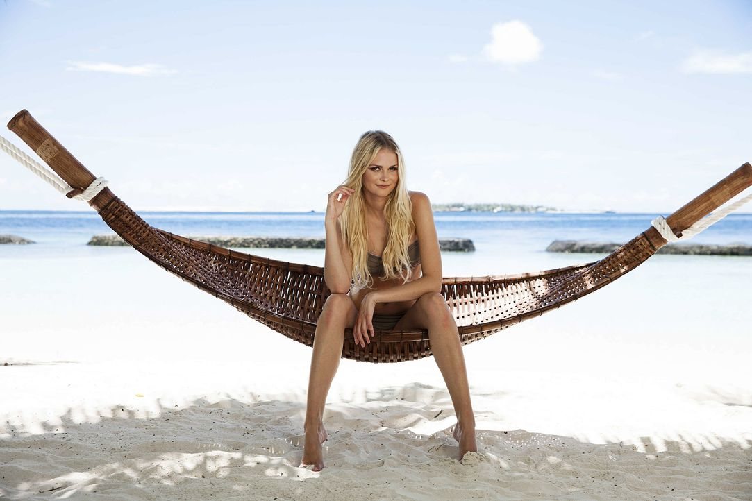 GNTM-Stf10-Epi13-Bikini-Shooting-Malediven-02-Darya-ProSieben-Boris-Breuer - Bildquelle: ProSieben/Boris Breuer