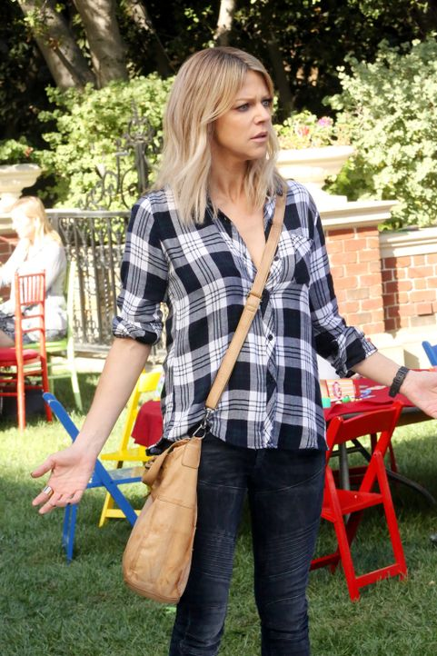 Mickey (Kaitlin Olson) kann es einfach nicht fassen, dass ein Kindergeburtstag so aus den Fugen geraten kann ... - Bildquelle: 2017 Fox and its related entities.  All rights reserved.