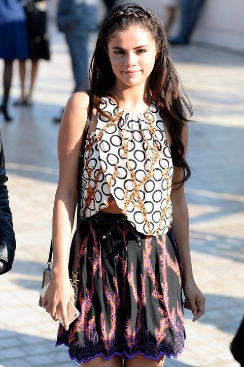 PFW-Selena-Gomez-14-10-01-dpa - Bildquelle: dpa