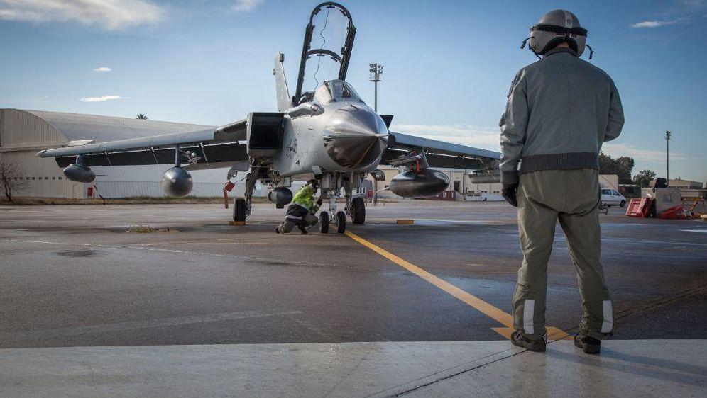 - Bildquelle: Falk Bärwald/Bundeswehr/dpa